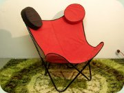 Butterfly chair in red                           textile